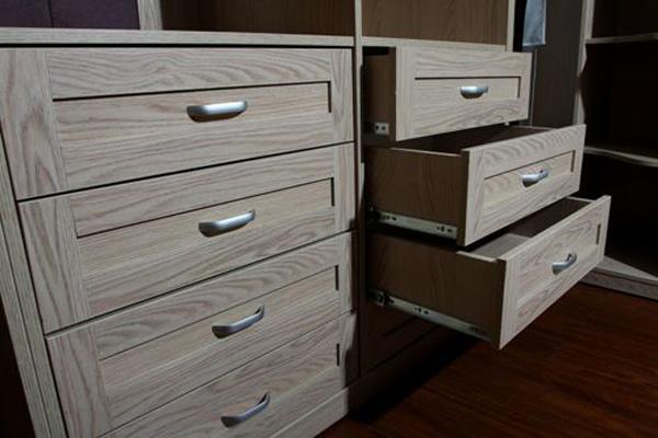 6米衣柜_打一个卧室衣柜多少钱