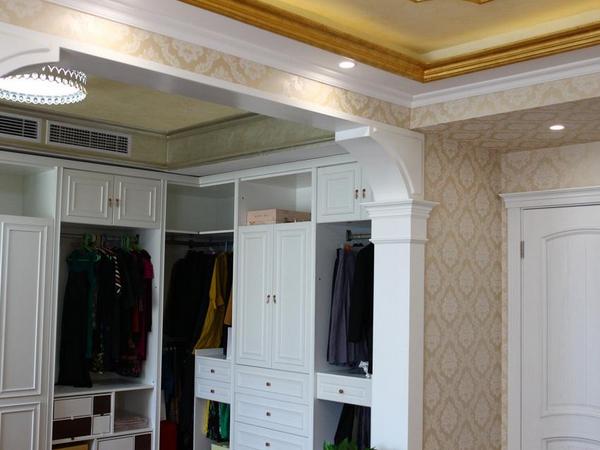 组合式衣柜哪些形式好 组合式衣柜的优缺点